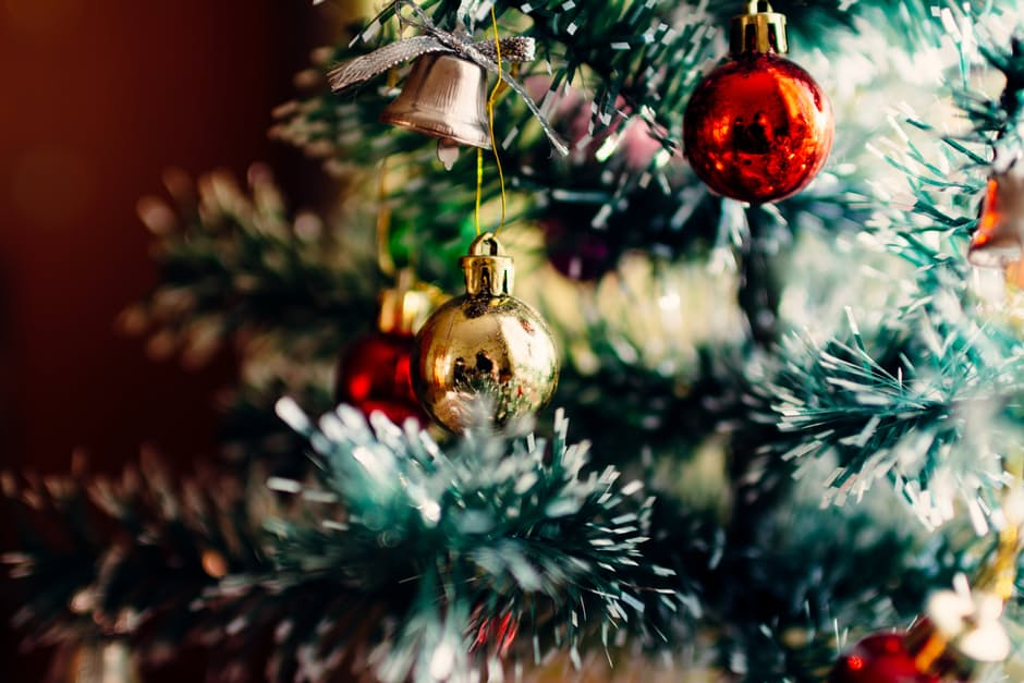 Give Your Home A Final Christmas Touch-Up With These Festive Ideas