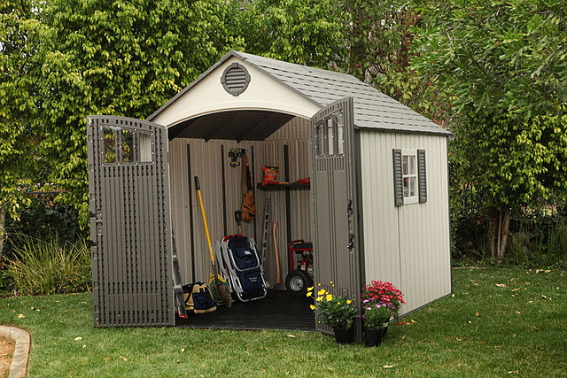 640px-Lifetime_Storage_Shed.jpg