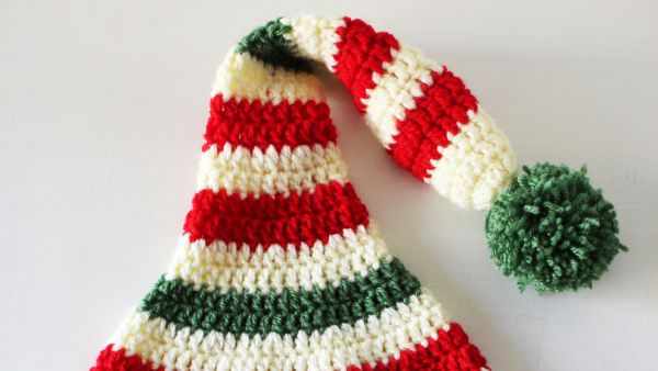 Santa's helper hat - Crochet pattern